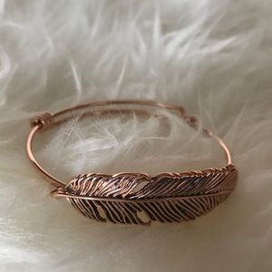💙 Feather wire bracelet